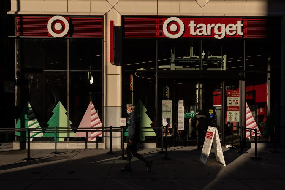 Shoppers Hit Stores On Black Friday Amid Worsening Pandemic